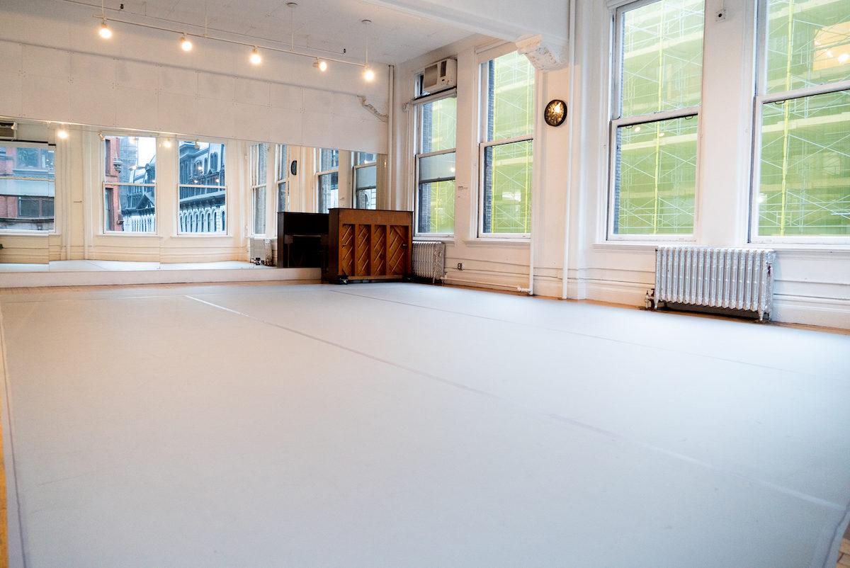 Studio 2 | Gibney 890 Broadway