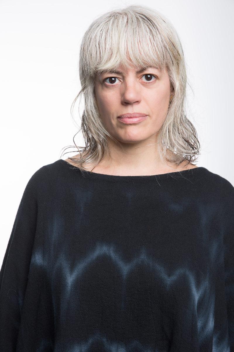 Yanira Castro
